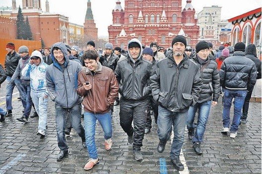 Спрогнозированы сроки возвращения мигрантов в Россию