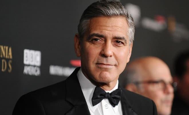 Джордж Клуни рассказал, почему его дети верят в существование Санта Клауса