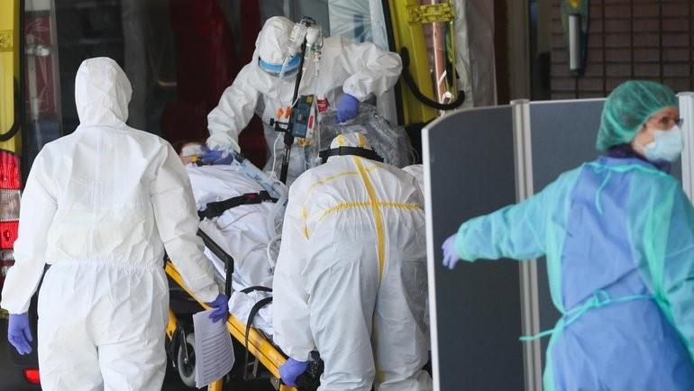 Из-за ситуации с кронавирусом Макрон призывает быть более бдительными