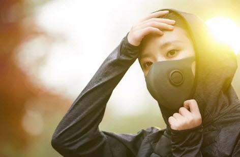 Ученые утверждают, что маски не в состоянии повлиять на ход пандемии