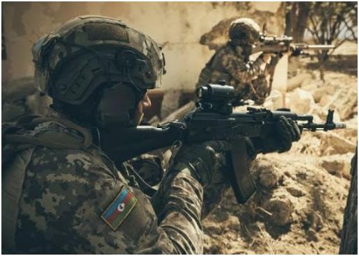 Азербайджан лишился статуса военного положения