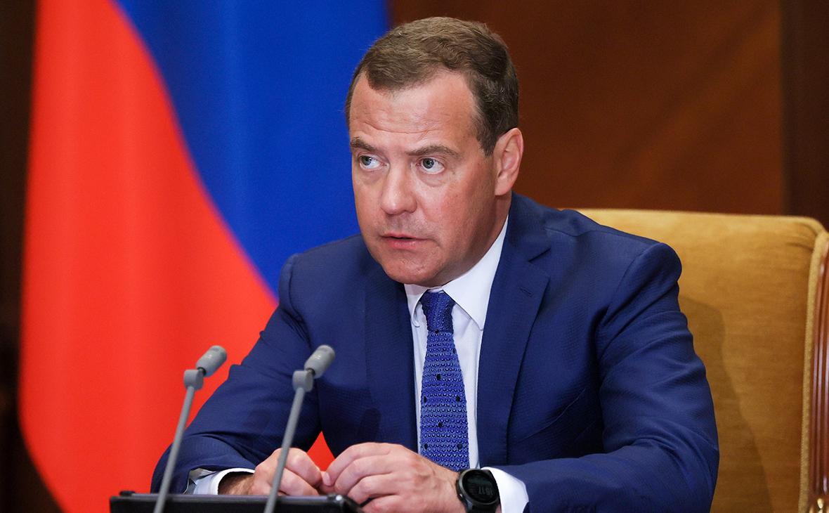Дмитрий Медведев сравнивает пандемию с голливудским фильмом