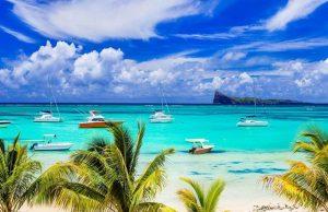 На Маврикии назвали обязательное условие для въезда иностранцев