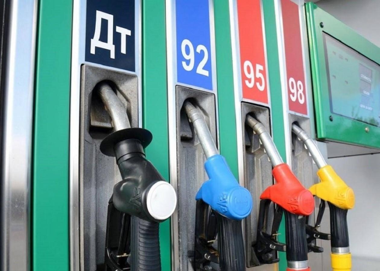 Эксперт рассказал о ценах на бензин в 2021 году