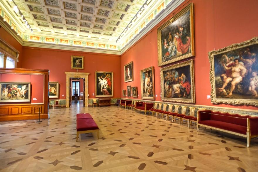 Часть экспонатов музея Эрмитаж могут быть подделками