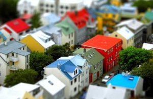 Недвижимость, препятствующая росту рождаемости в России