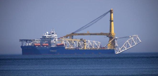 Трубоукладчик вернулся к месту строительства «Северного потока-2»