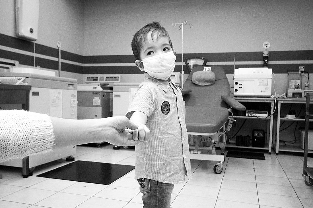 В РФ появился фонд, поддерживающий детей с серьезными болезнями: подробно