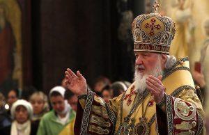 РПЦ призывает верующих не посещать храмы на Рождество