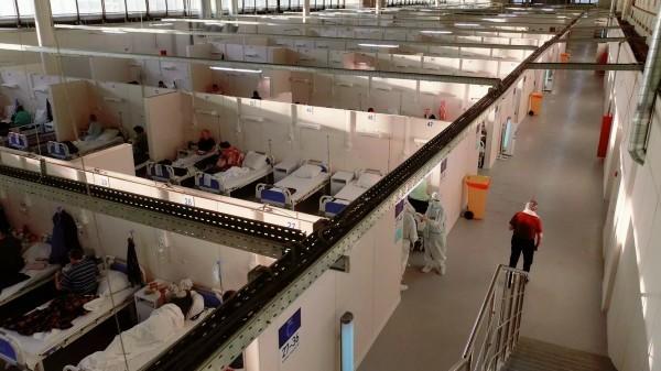 В Петербурге снизилось число госпитализаций пациентов с коронавирусом
