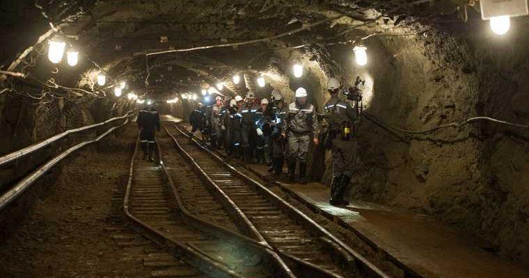 Пожар на шахте в Кузбассе: 200 горняков эвакуированы