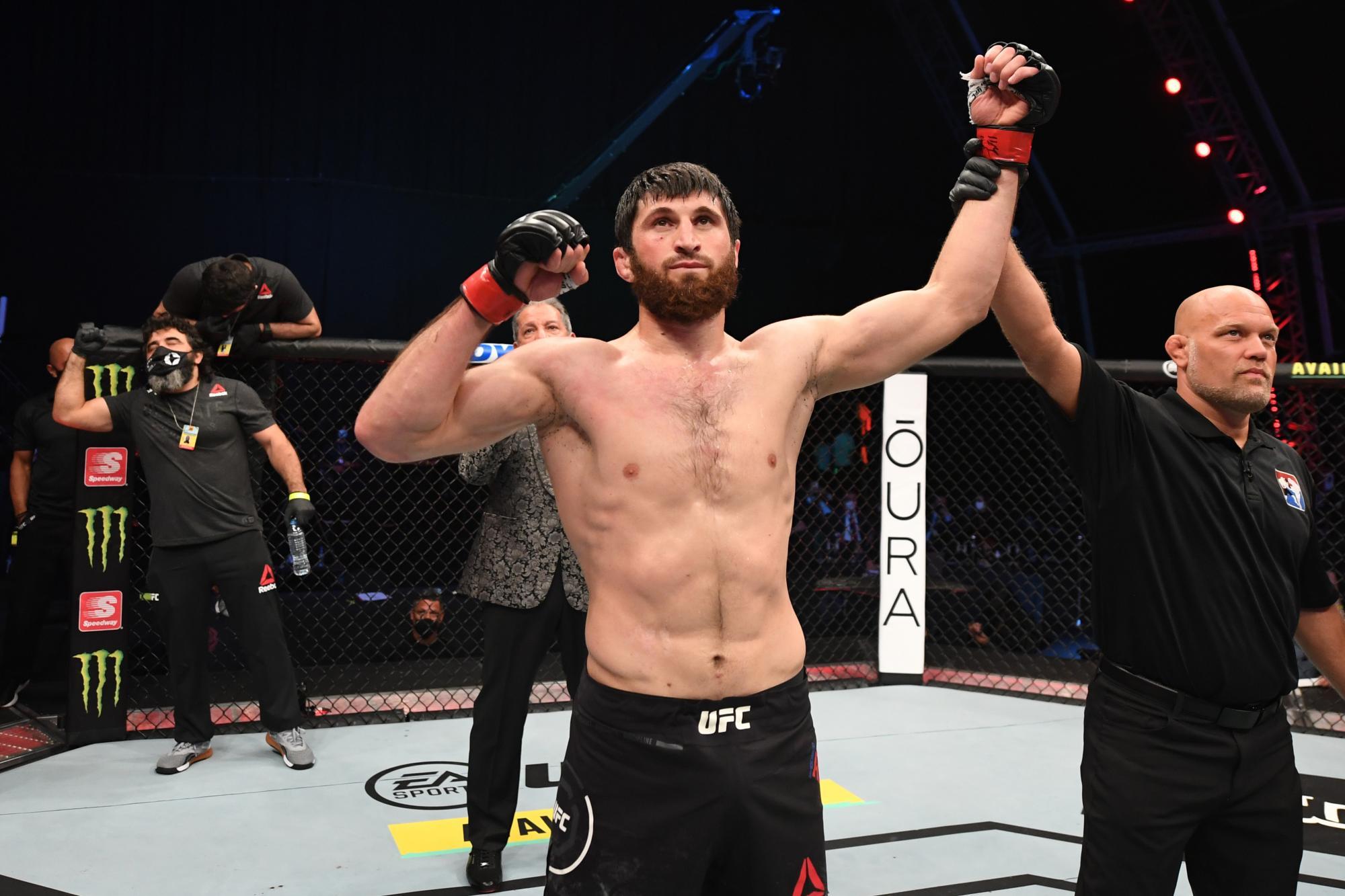 UFC сообщила о предстоящем бое украинца и россиянина