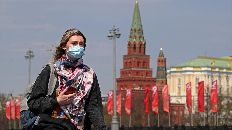 Россияне будут носить маски до лета
