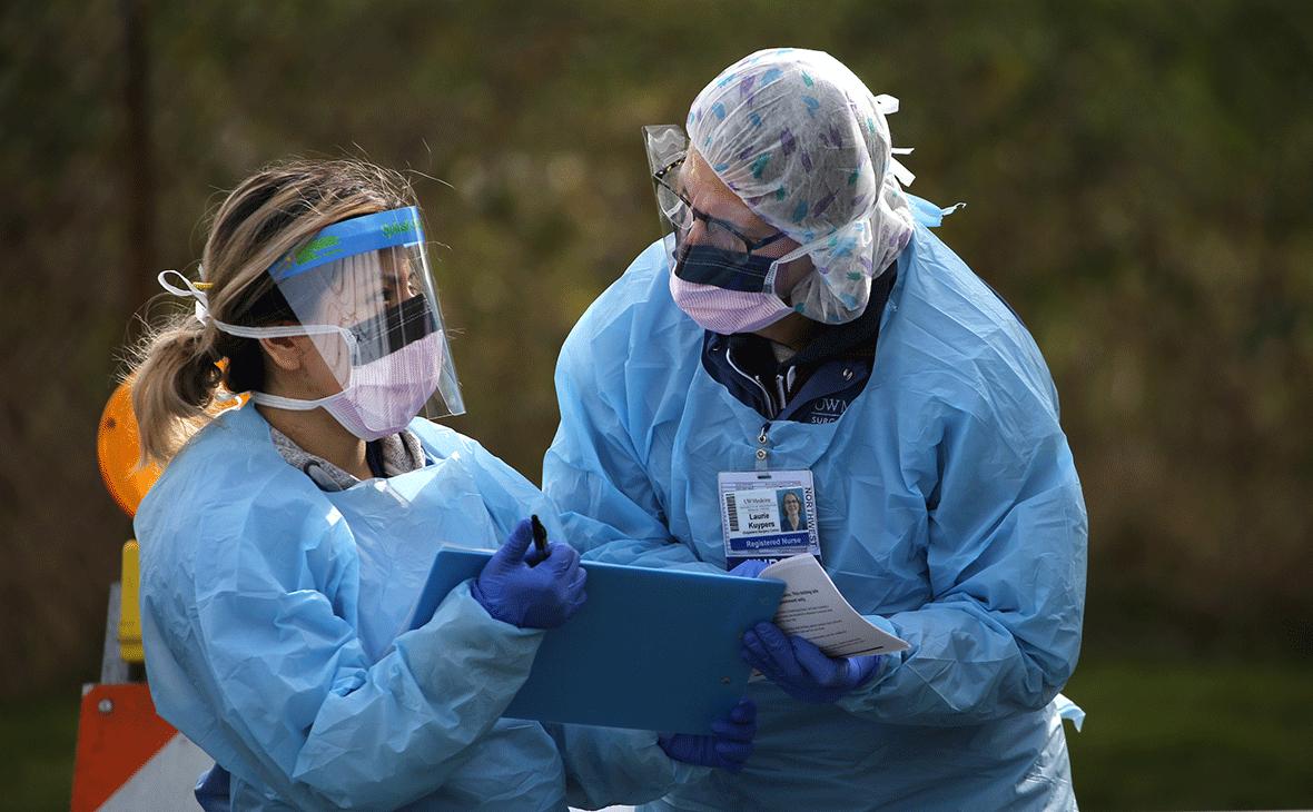 Эксперты назвали несколько сценариев развития пандемии коронавируса в 2021 году