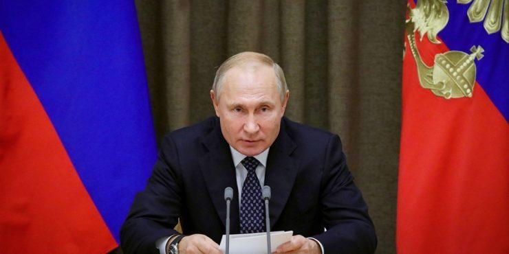 Путин одним указом присвоил звания генерала 26 представителям силовых структур