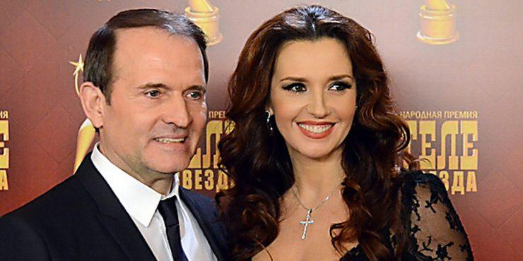 Украина ввела санкции против Медведчука и его супруги