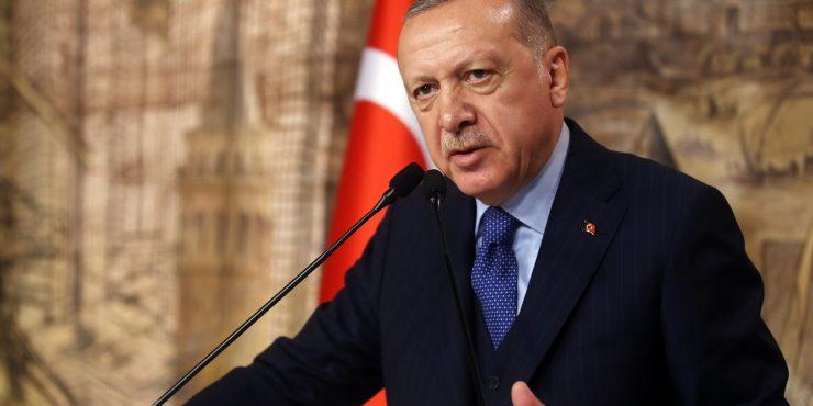 Эрдоган рассмотрел возможность принятия в Турции новой Конституции
