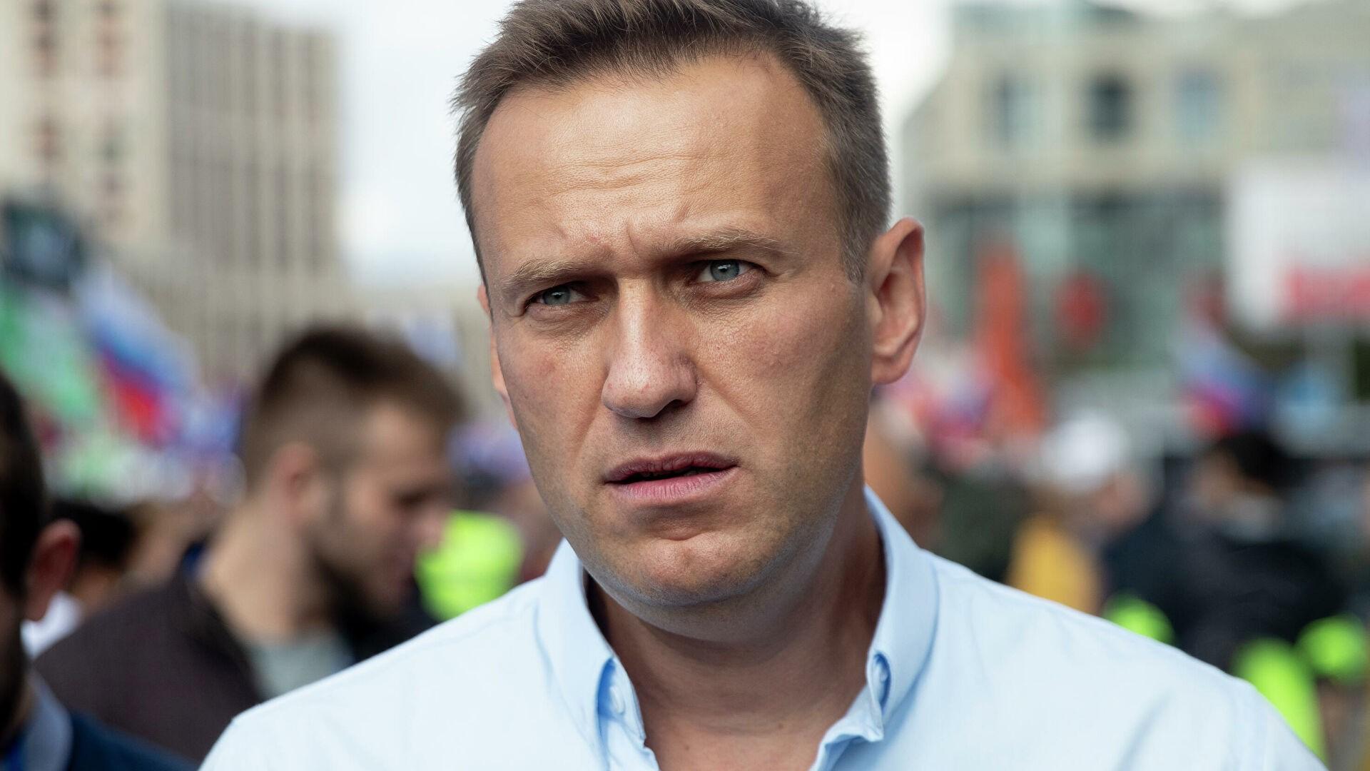 Защита Навального не стала просить отвода судьи