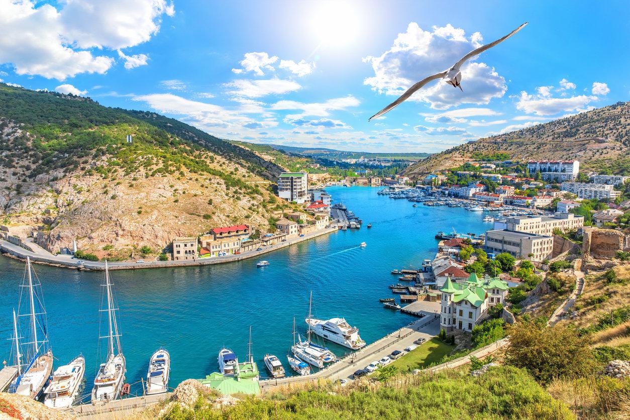 В МЭР предложили ввести в Крыму особый режим для защиты от санкций