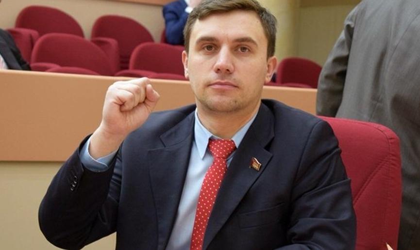 В Саратове задержали депутата облдумы от КПРФ Николая Бондаренко