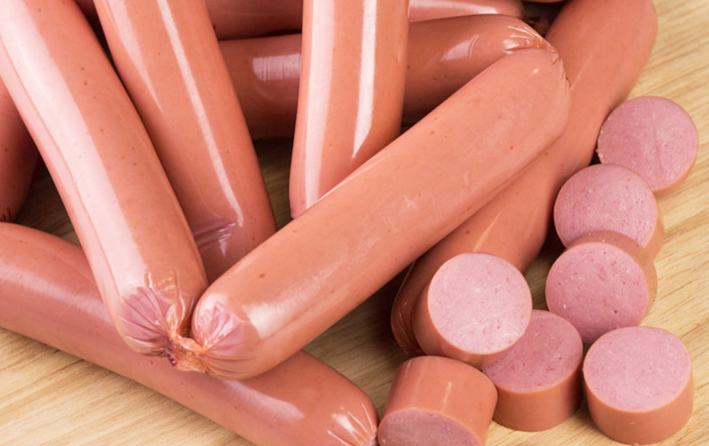 Колбаса и сосиски могут подорожать на 15%