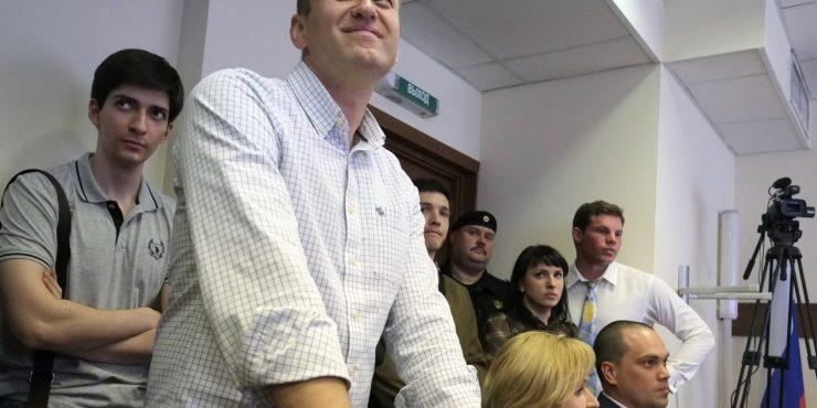 Сторонники Навального прокомментировали санкции ЕС и Америки