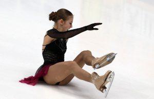 Трусова дважды упала в ходе выполнения своей программы