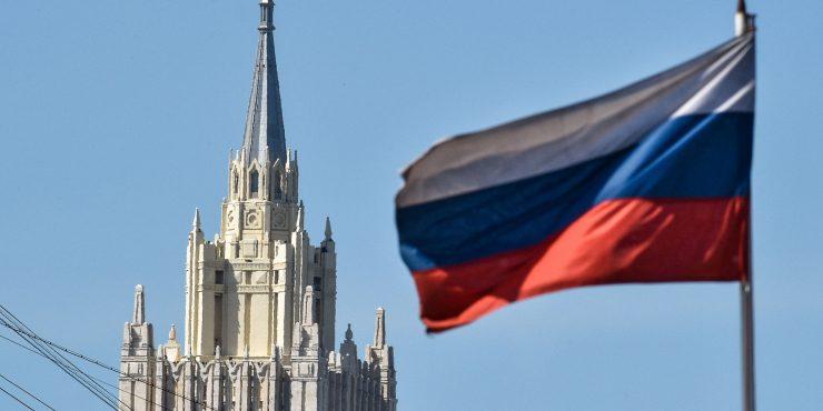 МИД России пообещали ответить на санкции Евросоюза из-за Навального