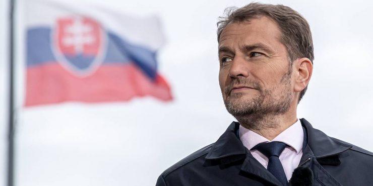 Премьер-министр Словакии выразил готовность покинуть занимаемую должность из-за скандала с вакцинацией