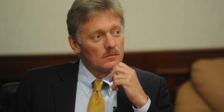 Песков опроверг связь России с критикой иностранных вакцин от Covid-19