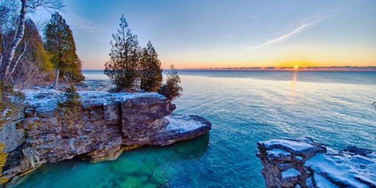 Защитники природы из США обвинили Россию в цветении воды в Великих озёрах