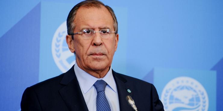 Лавров: способ снижения риска санкций против России – уход от доллара