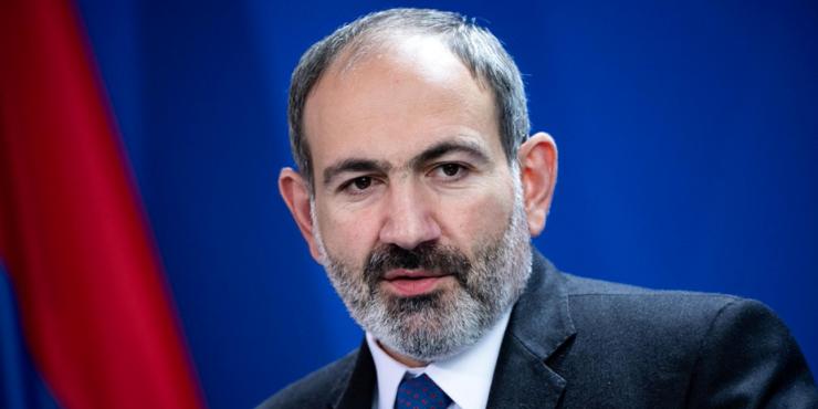Премьер-министр Армении Пашинян подаст в отставку в апреле для проведения внеочередных выборов