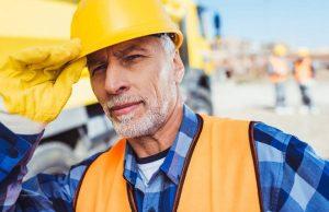 Возврат компенсации работающим пенсионерам после увольнения