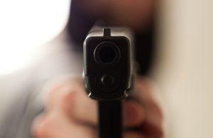 Подросток обстрелял школьников из пневматического оружия