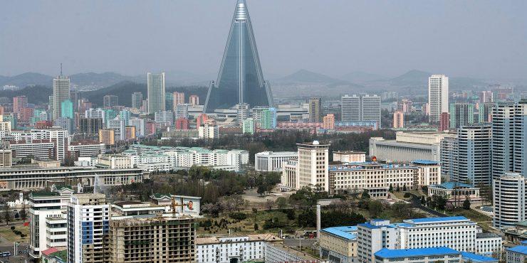 12 иностранных посольств закрылись в КНДР