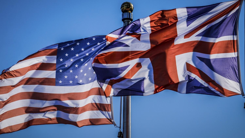 Британия и США обсудили обстановку около украинских границ