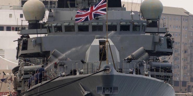 Пара кораблей ВМС Британии прибудут в Черное море в мае