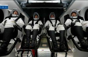 Космический аппарат Crew Dragon прибыл к МКС