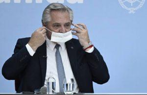 У привившегося «Спутником V» президента Аргентины подозрение на коронавирус
