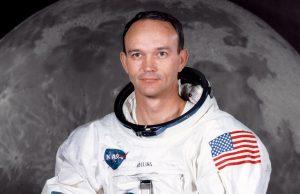 Умер Майкл Коллинз, астронавт, вошедший в первую экспедицию на Луну