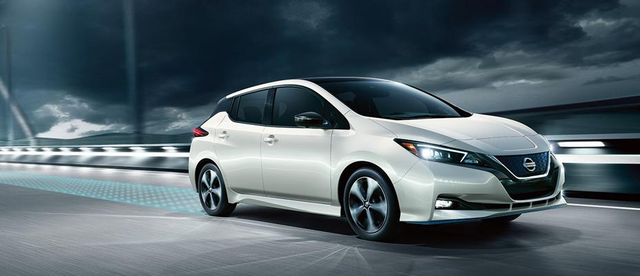 Nissan представил кроссовер X-Trail нового поколения