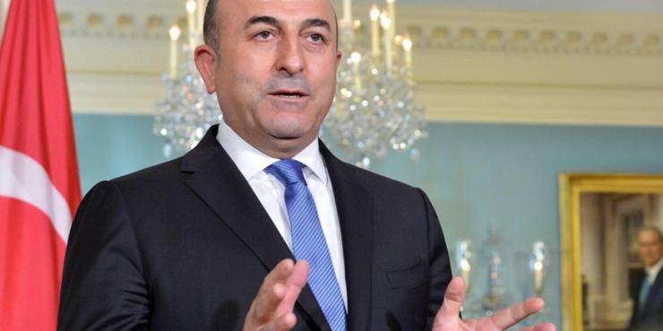 Руководитель МИД Турции планирует посетить Россию с дипломатическим вопросом по поводу возобновления авиасообщения