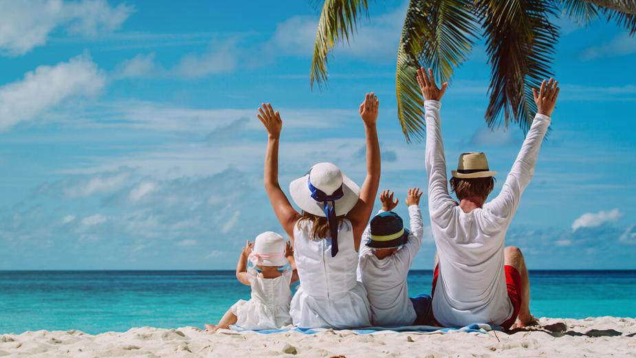 Опрос россиян показал, что больше четверги граждан РФ отказались от планирования летнего отдыха в 2021 году