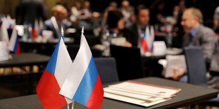 Чешские сенаторы требует разорвать дружественный договор с Россией