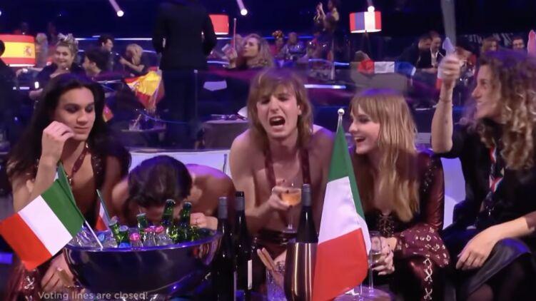 Солиста группы, победившей на Евровидении, заподозрили в употреблении наркотиков