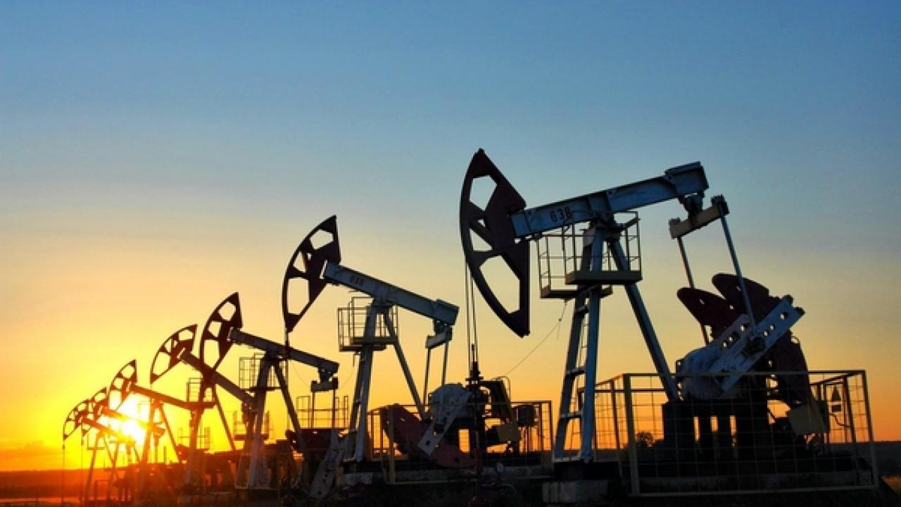Загорелось крупнейшее в мире месторождение нефти