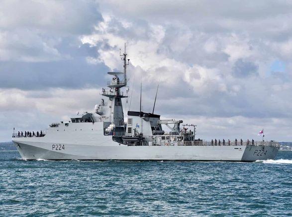 Военный корабль Великобритании зашел в Черное море