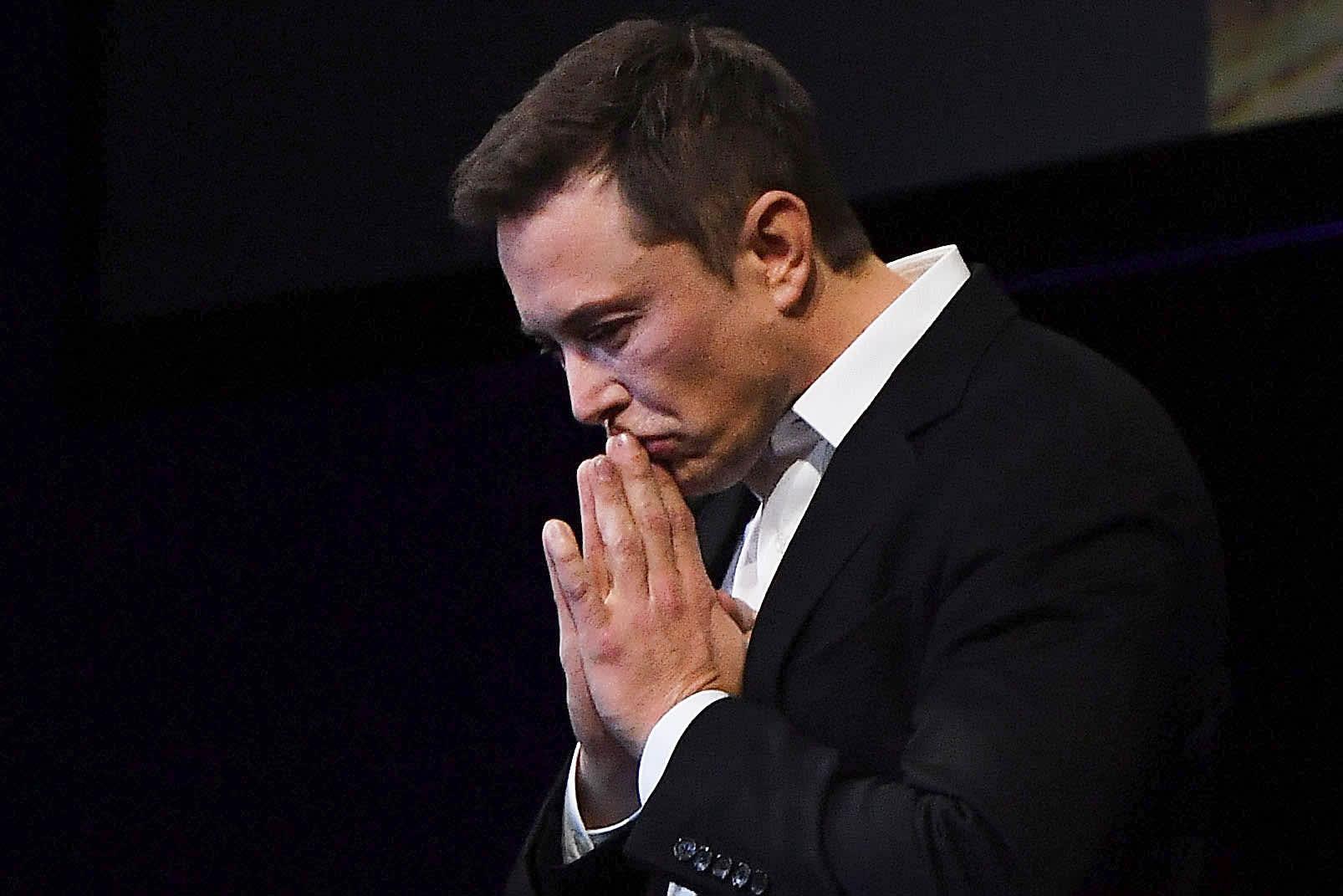 Мошенники, выдавшие себя за Илона Маска, похитили миллионы долларов