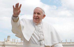 Папа Римский поздравил всех православных с Пасхой